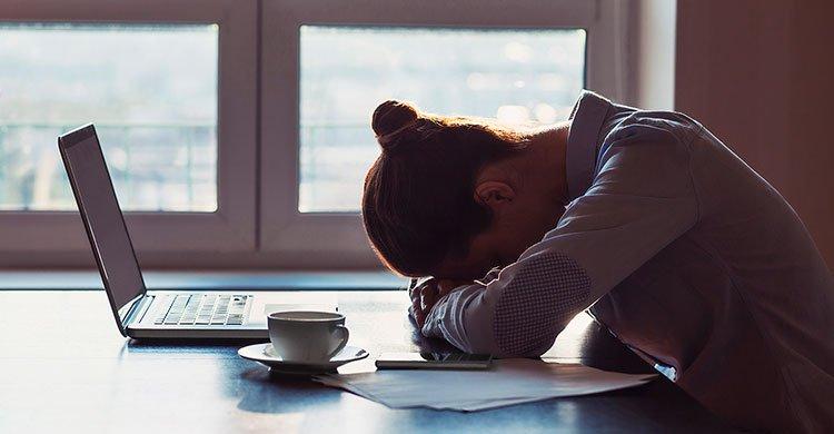 8 giftige tanker som ødelegger drømmen om økonomisk frihet